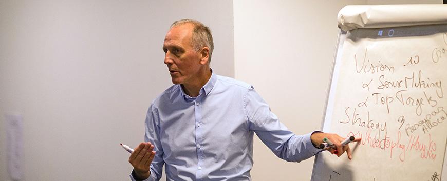 Edhec Denis Dauchy crisis and company strategies