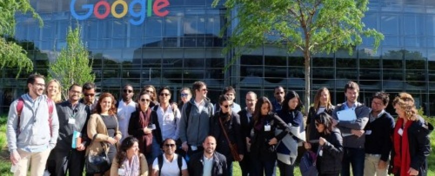 EDHEC MBAs at Google learning about cyber security
